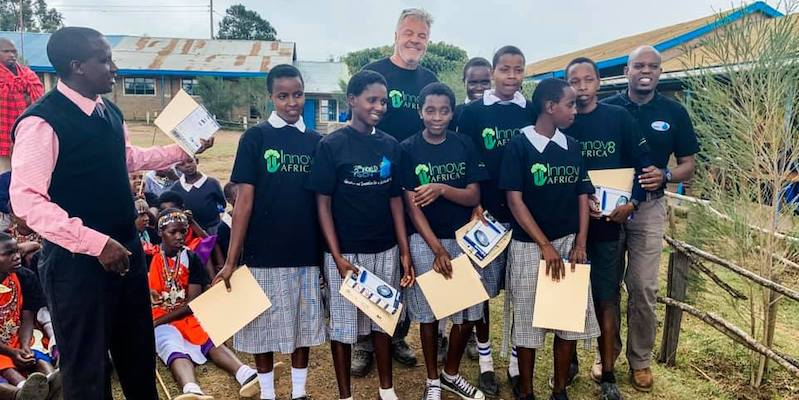 students receive solar lamps -solar power learning module - Innov8 Africa