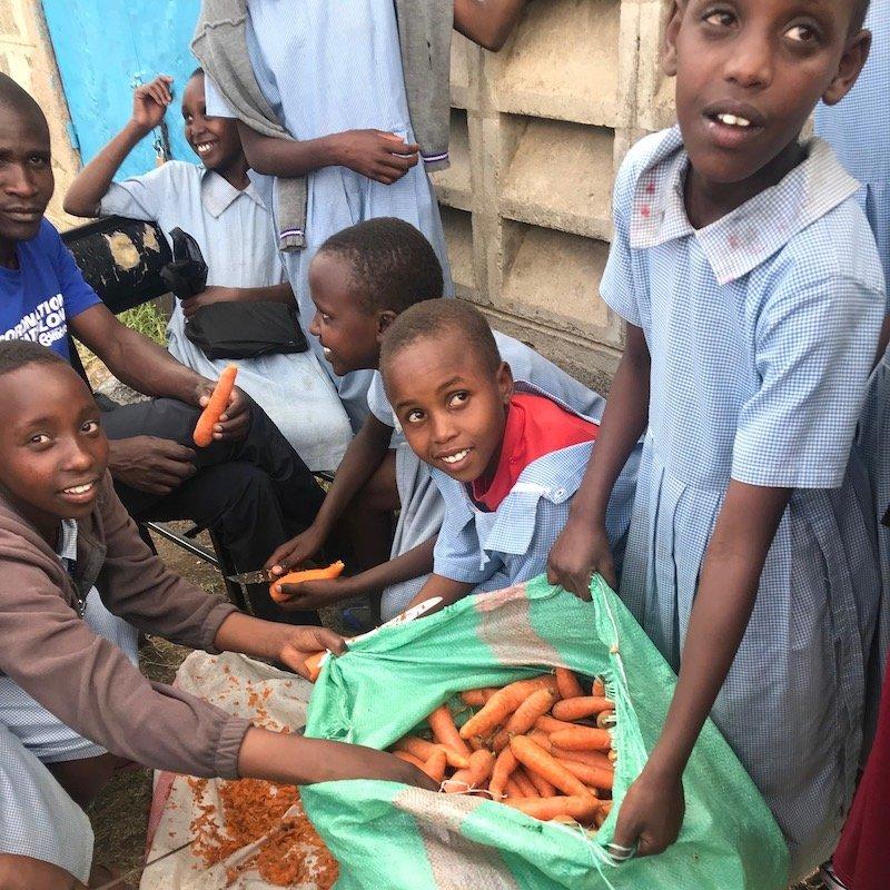 African students preparing carrots-food security program-Innov8 Africa